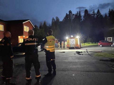 BRANN: En elsparkesykkel tok fyr på Gjøvik tirsdag. Alle nødetatene rykket ut.