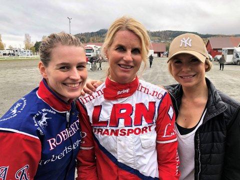 FORTSATT SJEFEN: Liv Pedersen (midten) sliter med sykdom, men klarte å holde Malin Berås (t.h) og Amanda Robertsen bak seg og vant med Eikmann på Biri.