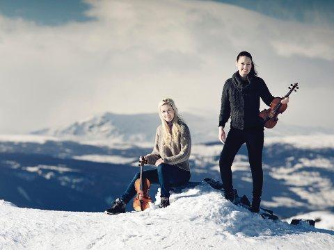 DIGITALT: Ragnhild (t.h.) og Eldbjørg Hemsing korter ned ventetida til festivalen i oktober med digital gratiskonsert onsdag kveld.