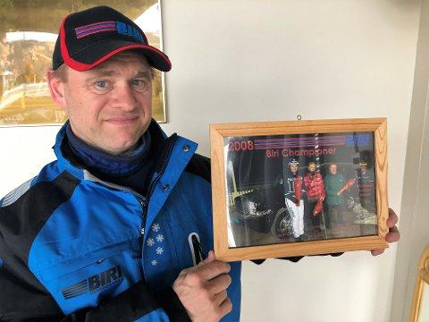 GODT MINNE: NM-tittelen som amatør var ett av høydepunktene i Kjetil Haugeliens trenerkarriere som ble stoppet av hjertetrøbbel.