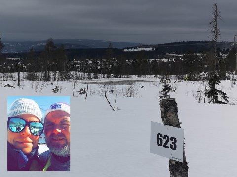 LITT IGJEN: Ennå tar det litt tid før ekteparet Raymond og Cecilie Larsen Elsebutangen kan nyte utsikten fra hytteveggen, men paret fra Lørenskog er glade for at de slo til og gjorde noe ut av den gamle hyttedrømmen.