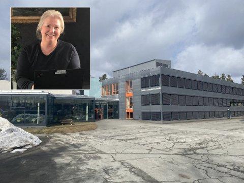 NY STRUKTUR: Skolesjef Anne Mari Kind mener det er mange fordeler med å slå sammen Dokka barneskole og Dokka ungdomsskole under en ledelse og en rektor.