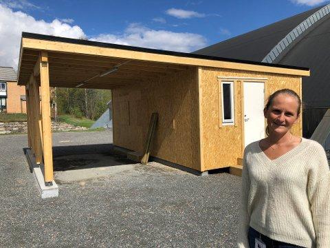 KALLERUD: Karoline Duenger er spent på om alle får med seg at teststasjonen er flyttet.