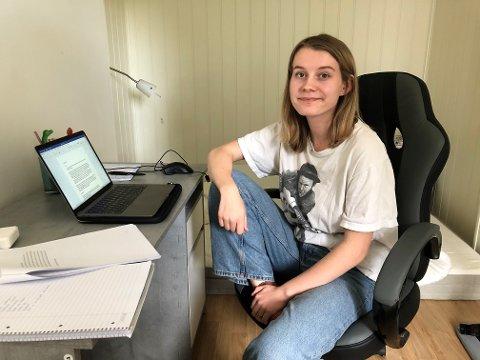 SPESIELT ÅR: Linn Maria Skullerud har tilbragt mye tid foran pc-skjermen i sitt koronapregede studieår i Bergen.