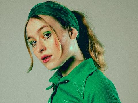 PÅ EGEN HÅND: Midisofi er navnet på Sofie Tollefsbøls soloprosjekt, noe som ikke betyr slutten på Fieh. Snarere tvert imot, sier hun.