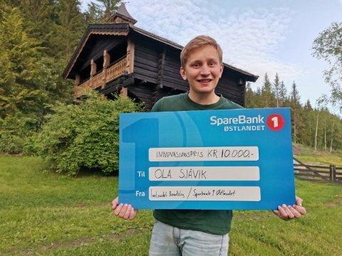 PRISVINNER: Ola Sjåvik (23) vant innovasjonsprisen for landbruksoppfinnelsen sin.