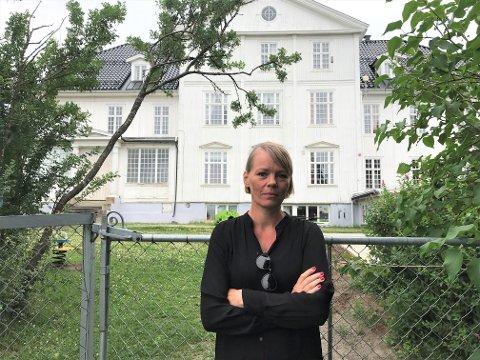 VIKTIG SATSING: Å gjøre om den gamle kulturskolen på Hunn til et kulturfelleskap er viktig for å blant annet hindre en kunstnerflukt fra Gjøvik, mener Gjøvik kulturråd, her ved leder Frøydis Helene Frøsaker.