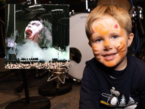 KISS-FAN: Fire år gamle Ludvik Espelien Gjestvang digger KISS, og var blid som en sol da han ble pyntet med kattesminke som trommeslageren i bandet. En annen favoritt er Gene Simmons (innfelt), her fotografert fra KISS' konsert på Tons of Rock i Oslo i 2019.