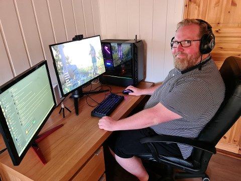 HAR TROEN PÅ GAMING: Tore Slaathaug, generalsekretær i stiftelsen rettferd, vil fjerne stigmaet rundt gaming.