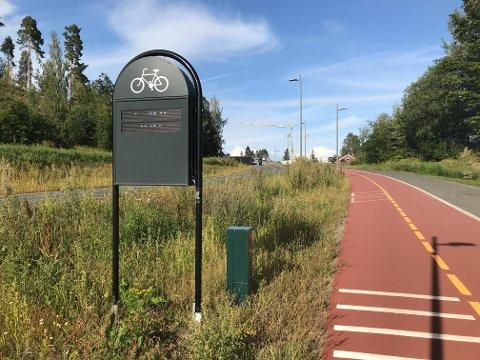 UTE AV DRIFT: Sykkeltelleren i Hans Mustads gate har sluttet å telle. Der har det stått at 1507 syklister har passert i 2021 i hele sommer.