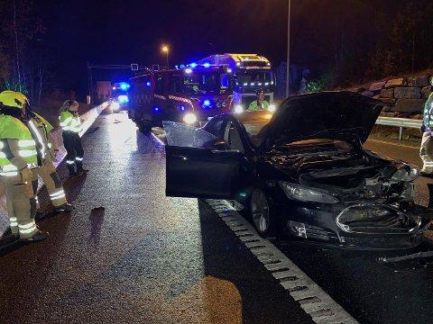 En bilist kjørte inn i en annen bil bakfra på E6 ved Årungen.