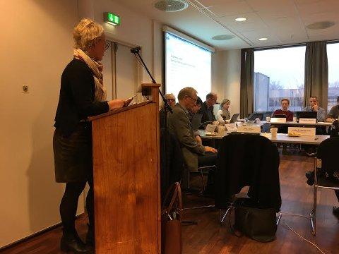 FIKK ENDELIG SVAR: Laila Nordsveen (Ap) er glad kommunestyret ventet med endelig vedtak i grensejusteringssaken til alle svarene fra innbyggerundersøkelsen på Tandbergløkka var registrert.