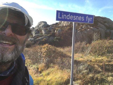 ENDELIG FRAMME: Etter 1800 kilometer til fots kom Lars Kristian Hemstad fra Skotbu endelig frem til Lindesnes fredag ettermiddag.