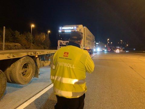 AVSLØRT: Seks sjåfører ble anmeldt for grove brudd på kjøre- hviletidbestemmelsene under kontrollene i Follo tirsdag.