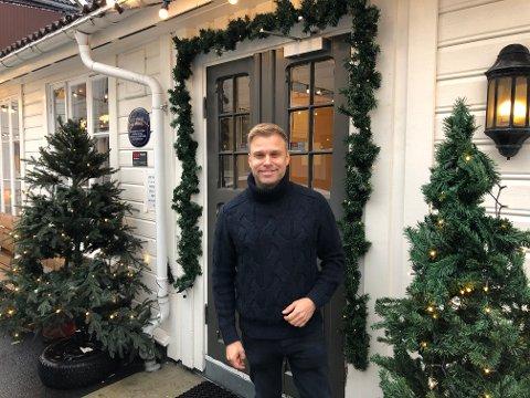 Christian Ingebrigtsen fra Siggerud har gratiskonsert i Rådhusteatret torsdag kveld.