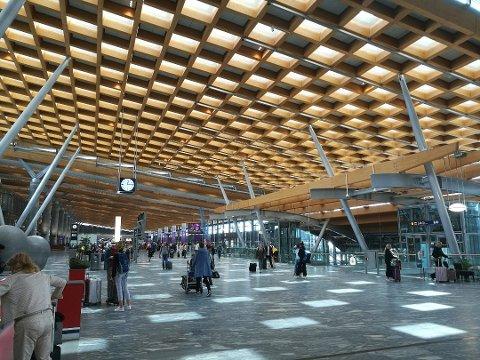 UNDER STANDARDEN: I oktober fikk Oslo Lufthavn feiende kritikk i sosiale medier.