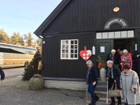 EN FLOTT TUR: Ski Pensjonistforening arrangerte en  vellykket juletur.