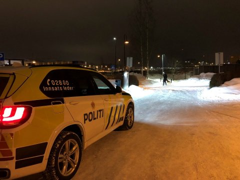 ÈN DØMT: Tre av de fire maskerte mennene går fortsatt fri etter at en familie i Ski ble overfalt i sitt hjem i februar i fjor.