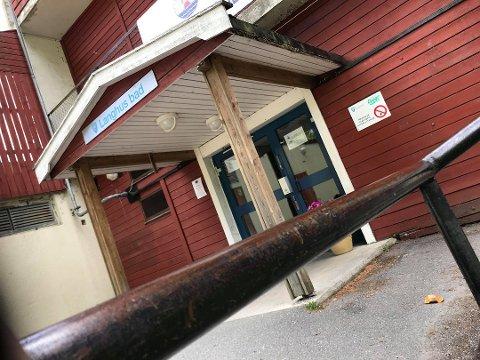VAR STENGT: Langhus bad ble stengt i midten av mai. Nå er det gjenåpnet og vannkvaliteten er bra.