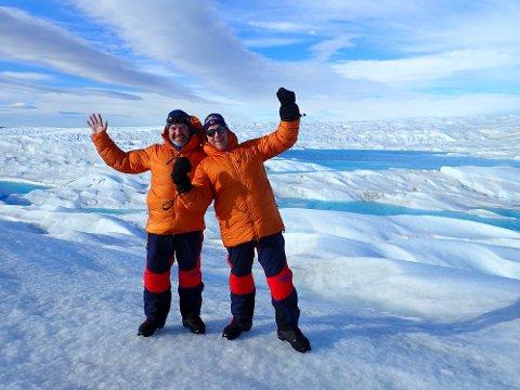 GUTTA PÅ TUR: Inge Nyheim (til venstre) og Lars Vethe fikk en fantastisk opplevelse etter å ha krysset Grønland på tvers: En tur på 600 kilometer.