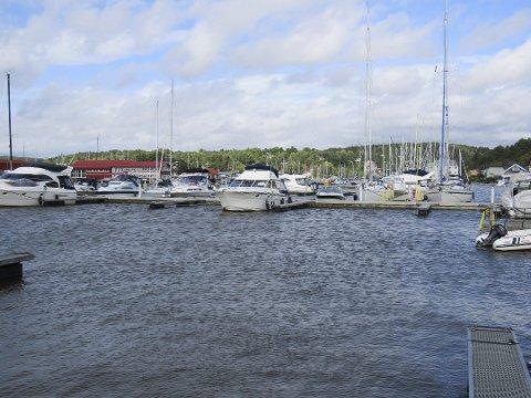 LANDFAST?: Båtføreren fra Oppegård er dømt for tredje gang for promillekjøring til sjøs, de to siste gangene uten gyldig båtførerbevis - uten at det stoppet ham fra å ta ut båten.