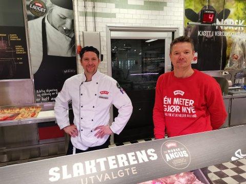 Thomas Høe (35) og Christian Hagen (40) håper det skal være nok julemat til alle.