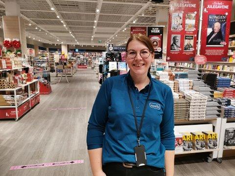 SPENT: Ingrid Gipling (32) butikksjef i Nordli er spent på se hvordan uken blir opp mot fjoråret.