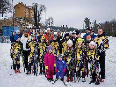 MISTER LØYPE: Denne gjengen er ikke fornøyd med at løypa bak dem er blitt måkt i stykker av Skiforeningen. Paal Rye-Holmboe i styret i langrennsgruppa står ytterst til høyre.