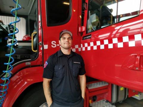 Ifølge André Phillip Thomassen (31) er en av de viktigste kvalitetene du skal ha for å være en brannkonstabel, at du kan samarbeide godt med andre. Et ønske om å hjelpe andre og være i god form, er også veldig viktig.
