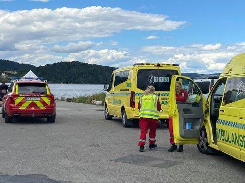 RYKKET UT: Alle nødetater og redningsskøyta rykket ut etter en melding om en mulig savnet person i Drøbak. Personen ble funnet etter kort tid i god behold.