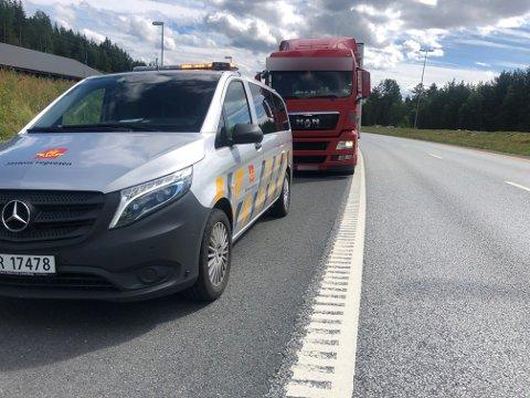 STAKK AV: Vogntoget ble kjapt innhentet av Statens vegvesen.