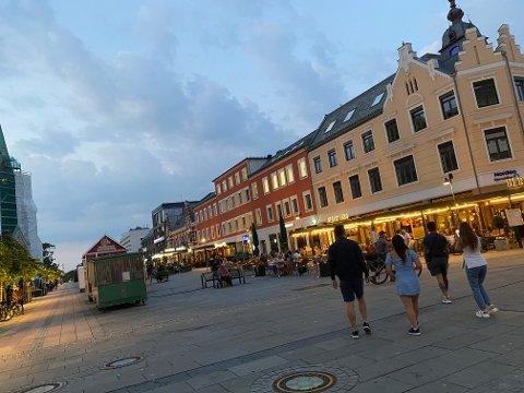 «SYDEN»: Folk valfartet til Kristiansand i sommer, hvor det til tider var rene sydenstemningen.