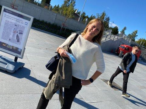 PARAT: Hanne Breivik har alltid munnbindene med seg når hun tar toget til Oslo.