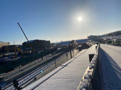 LIVSFARLIG: Bane Nor reagerer kraftig etter at noen har tatt seg inn på anleggsområdet syd for Ski stasjon.