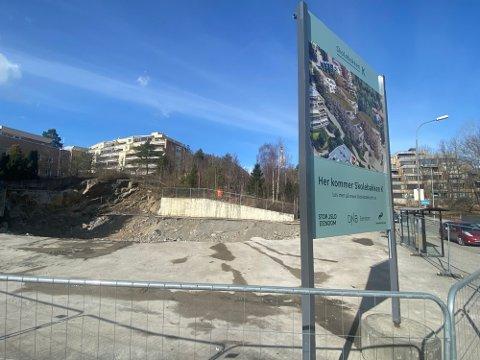 Stor-Oslo Eiendom håper å komme i gang med grunnarbeidet på tomta til uka. Foto: Bjørn Sandness