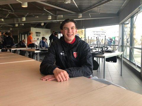 KLAR FOR NESTE STEG: Patrick Helland Anderson gjennomførte en økt med Ski G04 tirsdag kveld. Neste sesong spiller han for Danmarks beste klubb.