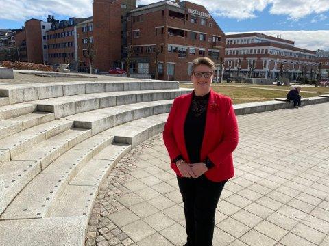 KOMMENTERER: Nordre Follo-ordfører Hanne Opdan forteller til ØB i dag at hun ser med glede for at det åpnes for lettelser i Nordre Follo.