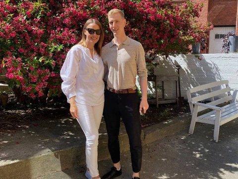 SATSER: Siri Larsen og Magnus Andersen går for drømmen og satser i Drøbak.