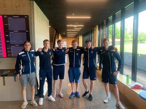 TALENTFULLE: Dette er seks av de syv som holdt junioralder. Fire fikk sin debut mot Ullern, de to andre fikk sin debut i forrige kamp mot Lørenskog.