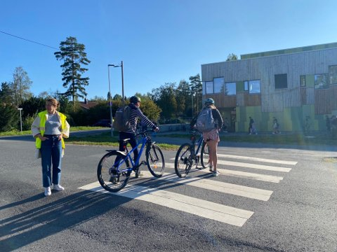 FARLIG: FAU og Trygg trafikk hjelper til slik at skoleveien blir tryggere for elevene