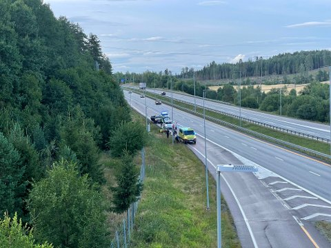 ULYKKE: En motorsykkel skal være involvert i ulykken på E6 ved avkjøringen til Son lørdag kveld.