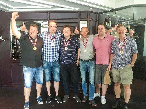 Per Erik Austberg, Jan Tore S. Berg, Glenn Grøtheim, Jørgen Molberg, Allan Livgård og Terje Aa utgjorde laget som vant NM i bridge.