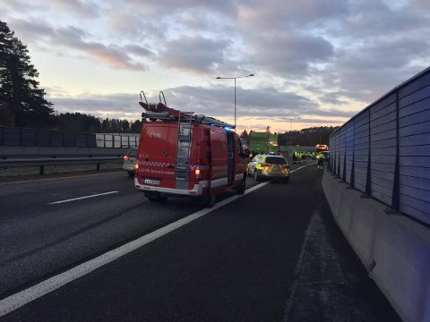 BOMMESTAD: Ulykken på E18 skjedde i sørgående retning nord for Bommestadbrua.