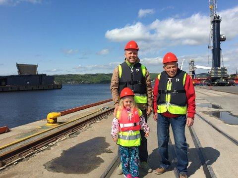 Tre generasjoner: Jan Petter Hestvik, Ingrid Hestvik (5) og Gunsten Hestvik.