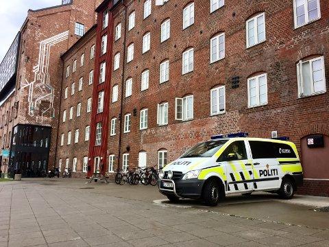 I VARETEKT: Rettssaken etter drapsforsøket på Mølla starter 7. mai. Nå er to av de tiltalte varetektsfengslet fram til det.