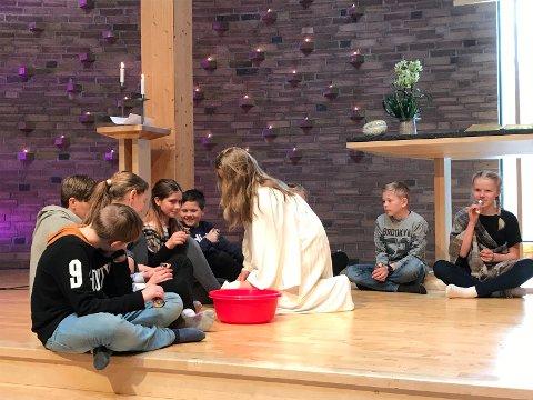 FRA BIBELEN: Jesus vasket disiplenes føtter.