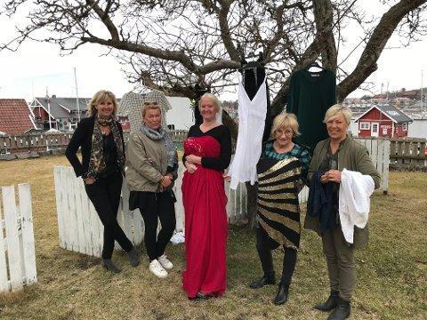 Kristin Sundling, Trinelise Gran, Heidi Aamodt, Mette Bjørgan og Trude Skancke Edvardsen ønsker alle velkommen til kjolemarked lørdag 2. juni.
