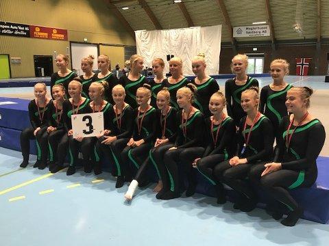 BRONSE: Stag-turnerne tok NM-bronse i teamgym i fjor høst. Nå skal gjengen i aksjon under junior-NM på hjemmebane.