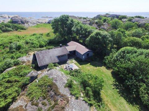 GODT OVER PRISANTYDNING: Hytta i Brunlanes lå ute til 3,5 millioner kroner, men ble solgt for 5,7.