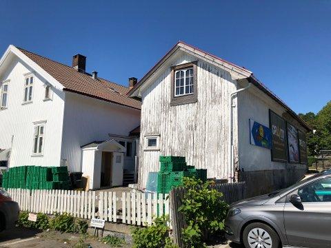 STENGT: Uthuset i Nansetgata 32 er blitt stengt etter at man oppdaget ulovlig bruk av loftet.
